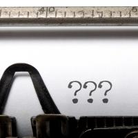 Typewriter with writer's block - why your business needs a blog | Millionleaves